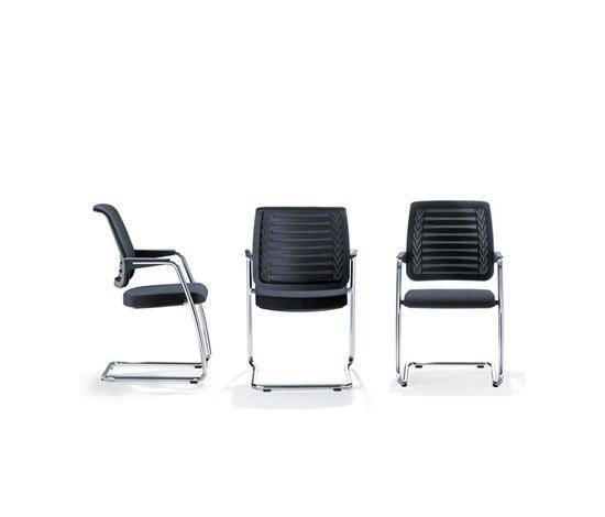 CONNEXION Cantilever chair de Girsberger