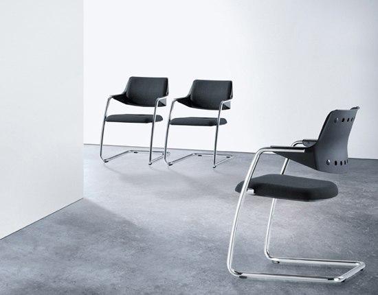 GIRSBERGER 3300 Cantilever chair by Girsberger