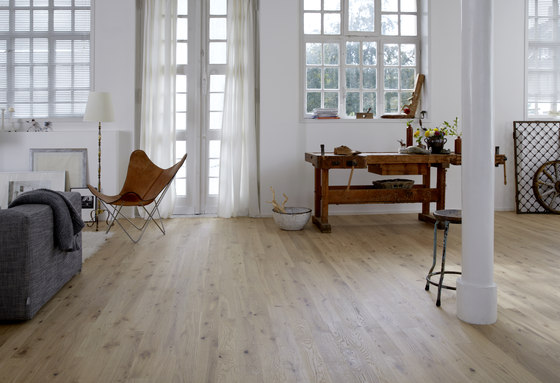 Cleverpark Oak smoked Crema 14 by Bauwerk Parkett