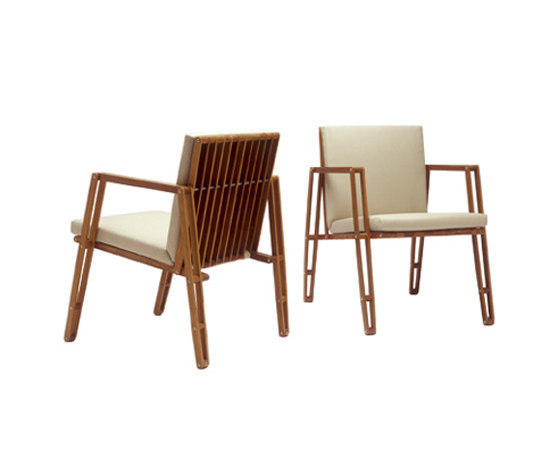 Flexus chair by Useche