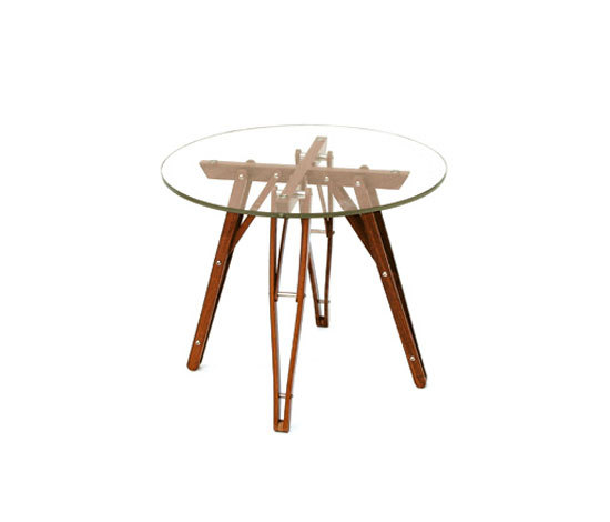 Flexus occasional table by Useche