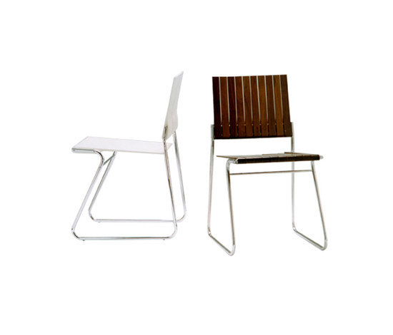 20R chair by Useche