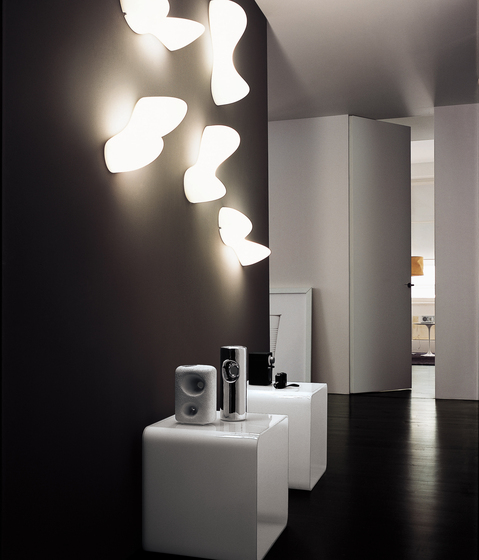 Blob S wall by Foscarini