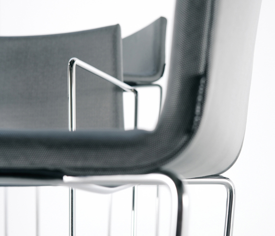 RS Chair by viccarbe