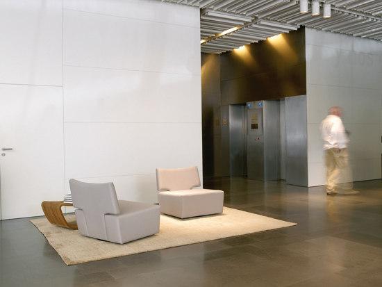 Public sofa by Temas V