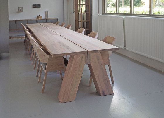 Jonas table by Pilat & Pilat