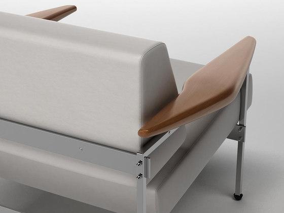 Beto armchair by LinBrasil