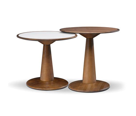 Mac side table by LinBrasil