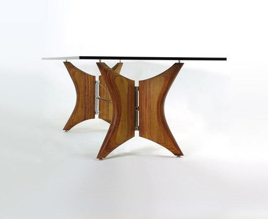 Borboleta Table by Faro Design
