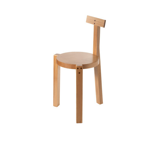 Girafa stool by Barauna
