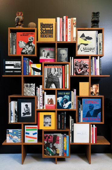 ENAM book case de INCHfurniture