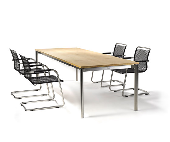 Swing front slide extension table by Fischer Möbel