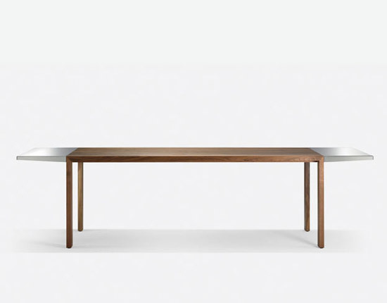 FLOW Table by Girsberger