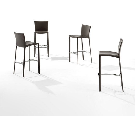 Nobile barhocker 2078 counter stools from draenert for Barhocker taupe