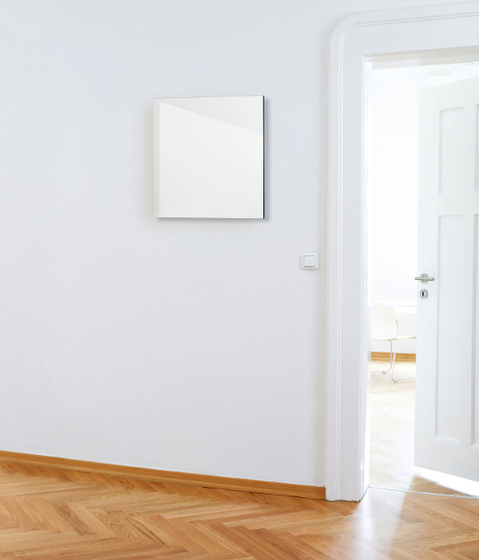 ELECTRIC Wall mirror by Schönbuch