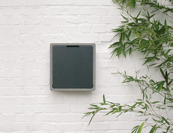 Concret CQ letterbox by Serafini