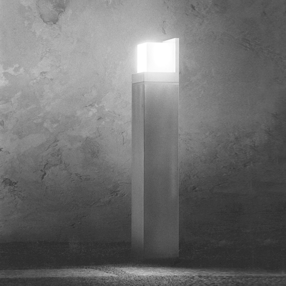 Cassino Illuminating bollard by Hess
