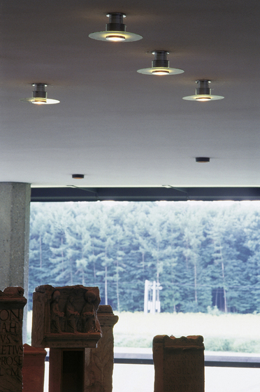 Bari 130 Surface mounted ceiling luminaire by Hess