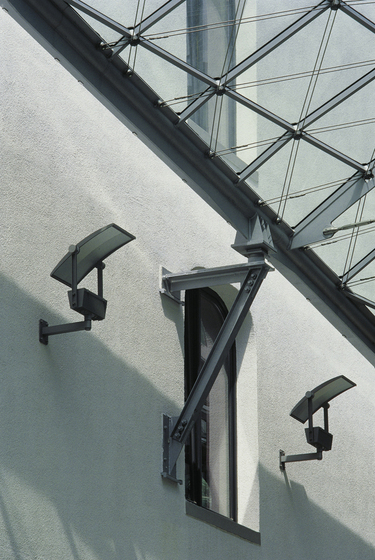 Campo L Wall mounted luminaire by Hess