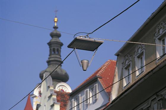 Faro 960 Pole mounted luminaire by Hess