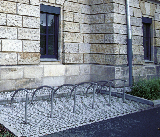 Ciani Bicycle Rack single by Hess