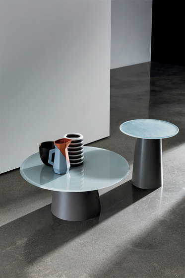 Totem Coffee Table H.48 von Sovet
