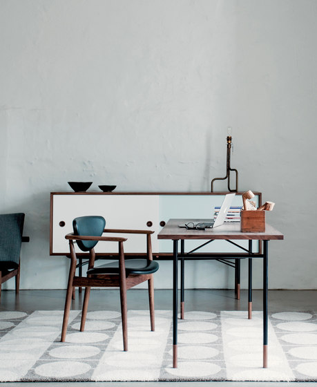 Nyhavn Dining Table di House of Finn Juhl - Onecollection
