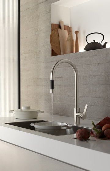 Tara Ultra - Pot Filler di Dornbracht