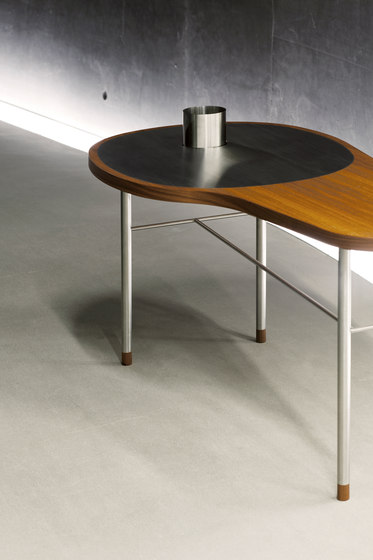 Ross Table by House of Finn Juhl - Onecollection