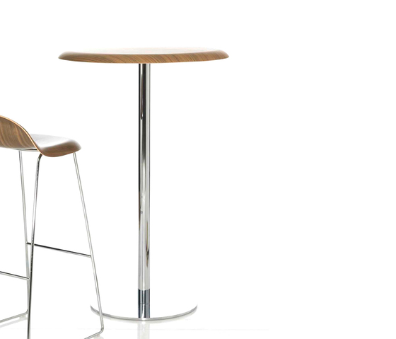 Gubi Chair Lounge Table de GUBI