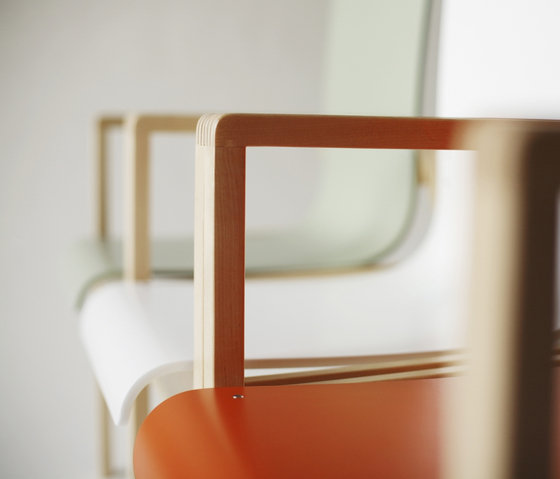 Hallway Chair 403 by Artek