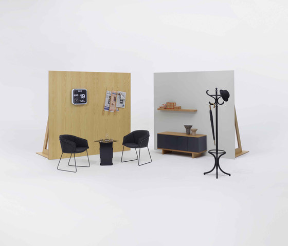 Fold table by Modus