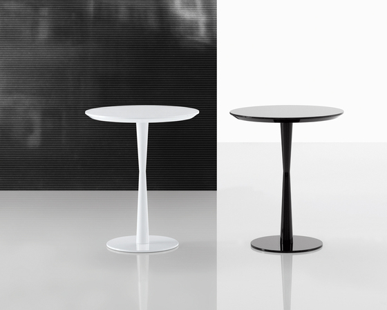 Flute table by Poliform