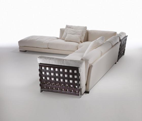 cestone von flexform bett konsole produkt. Black Bedroom Furniture Sets. Home Design Ideas