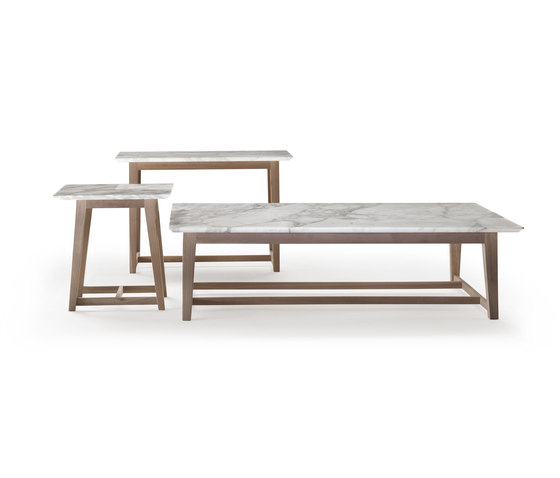 Margaret low table by Flexform