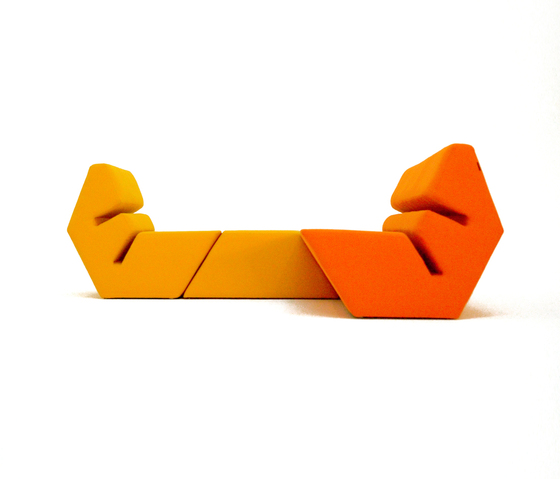 Evo Sofa di Nolen Niu