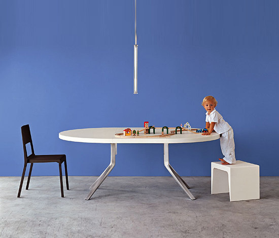 Oops Table by Kristalia
