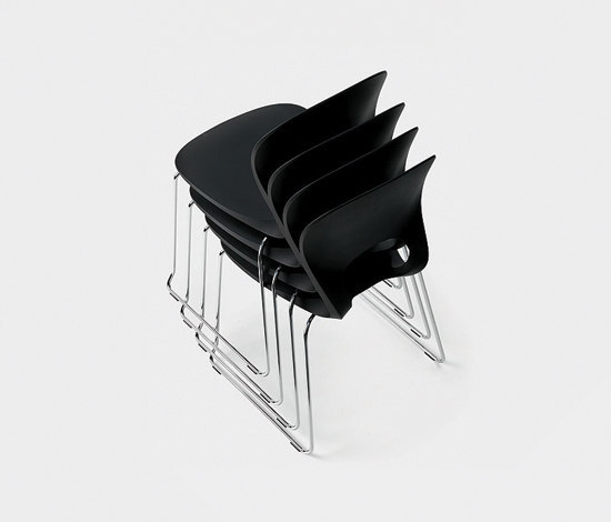 Pikaia Office-chair by Kristalia
