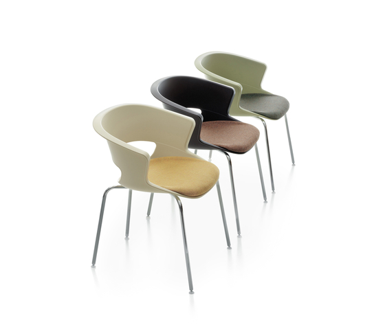 Zed 4 legs upholstered by Maxdesign