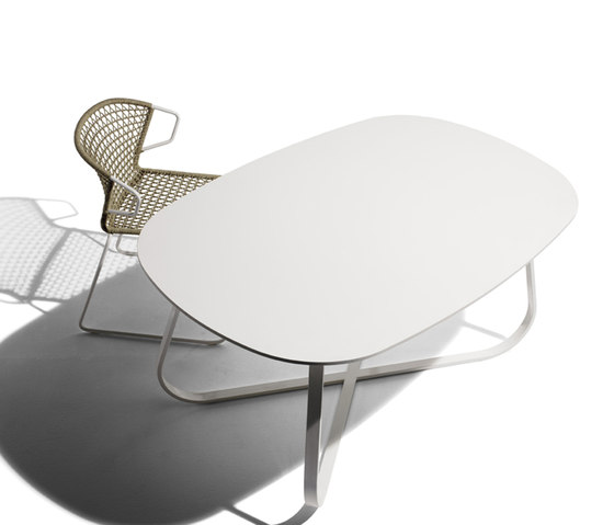 Pelote Table T-155 by Accademia