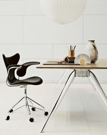 T-No.1™ | TB6 by Fritz Hansen
