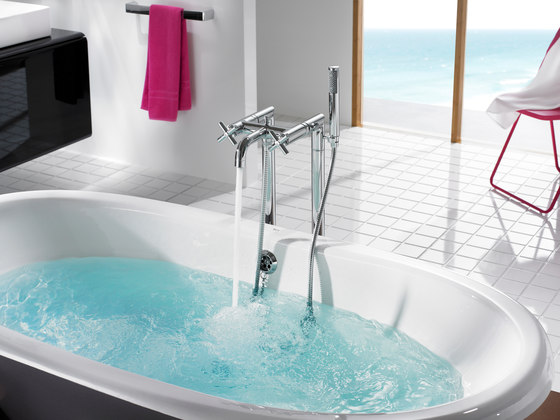 Newcast | Bath by ROCA