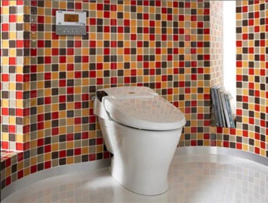 Lumen shower toilet inodoros de roca architonic for Distribuidor roca barcelona