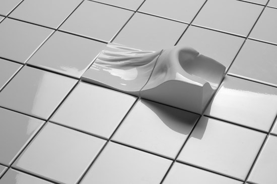 Found Space Tiles Hip by Cor Unum