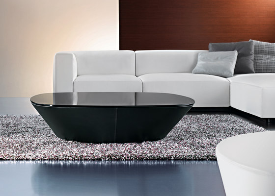 Ameo occasional table by Walter Knoll