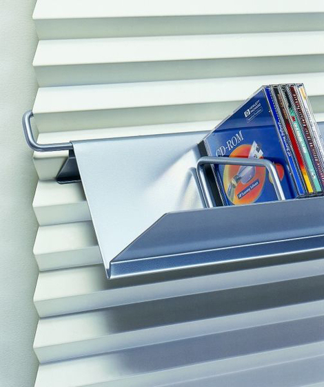 Metalwaves Baseboard de Lourens Fisher