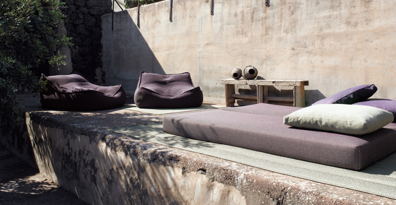 Float by Paola Lenti