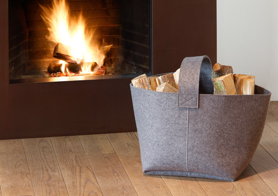 Firewood basket Standard di HEY-SIGN