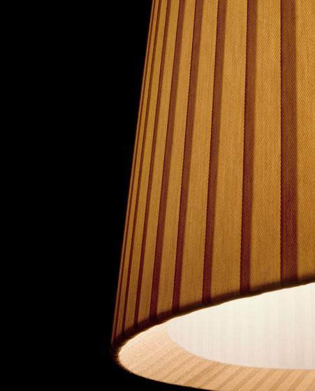 maiden P-2828 floor lamp by Estiluz