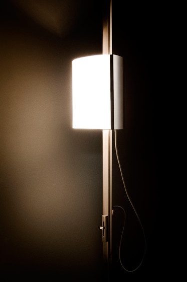 P-8077A floor lamp by Estiluz